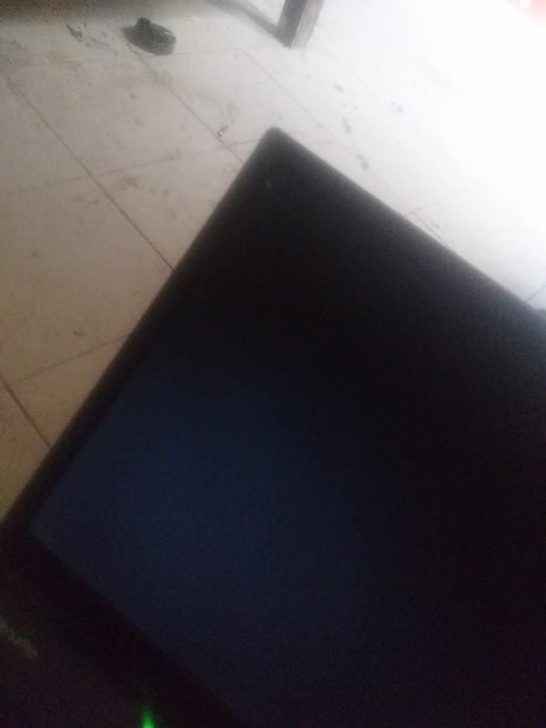 NEC笔记本型号:VY17MXFE3开机后什么都没有,就显示个连接号...